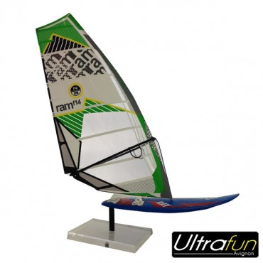 FIGURINE WINDSURF FANATIC VOILE NORTH-SAILS